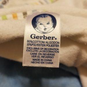 Gerber Other - BUNDLE!! Receiving Blankets & Hooded Bath Towels